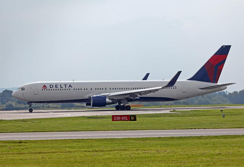 N194DN B767-300ER (MAN) Delta