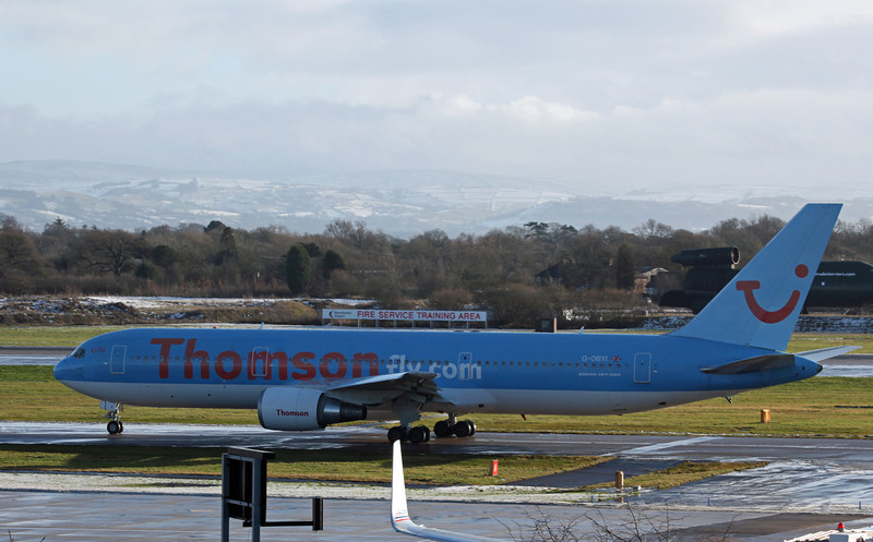 G-OBYI B767-304 (MAN) Thomson