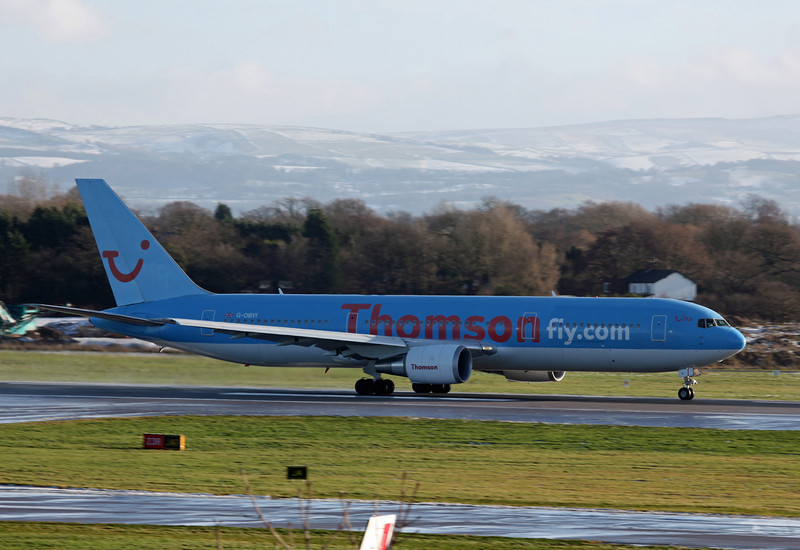 G-OBYI B767-304 (MAN) Thomson (3)