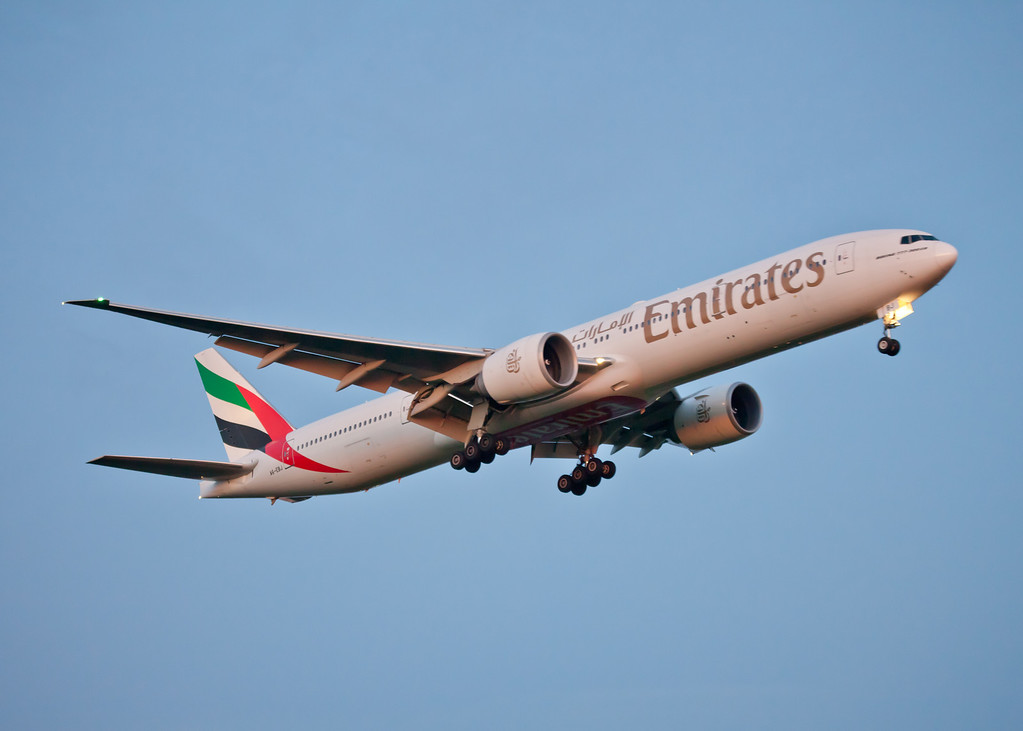 A6-EBJ Boeing B777 (Glagow Arport) Emirates [1]