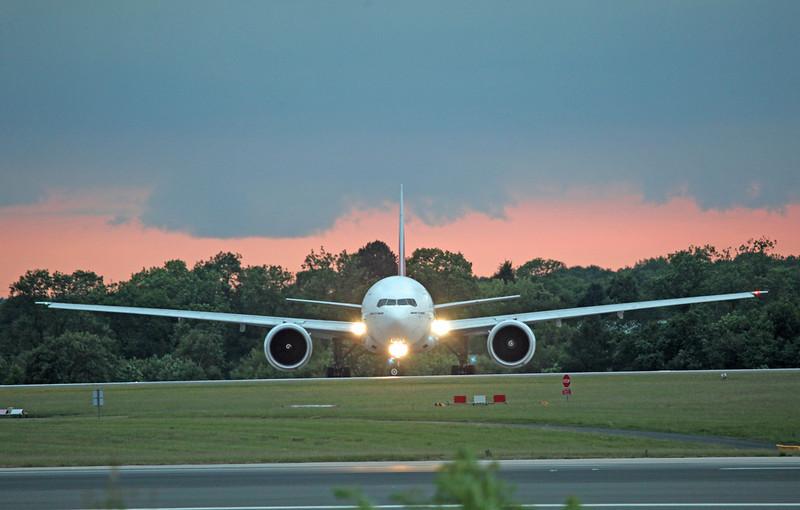 A6-EBP B777-31HER (MAN) Emirates (2)