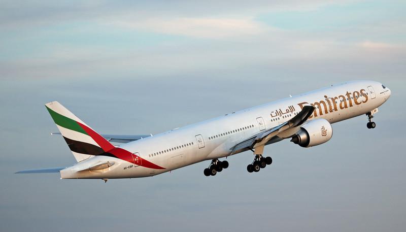 A6-EBP B777-31HER (MAN) Emirates