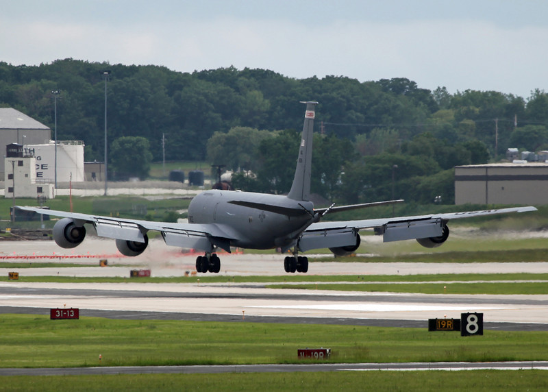 80-059 Boeing KC135 Stratotanker (General Mitchell Airport - Wisconsin) USAF Air National Guard