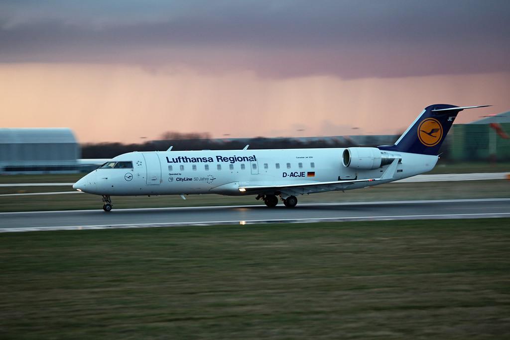 D-ACJE CRJ100LR (MAN) Luthansa Regional (2)
