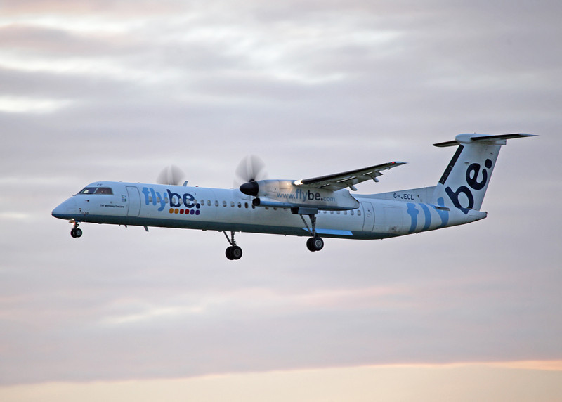 G-JECE DHC-8-402 (MAN) Flybe 2