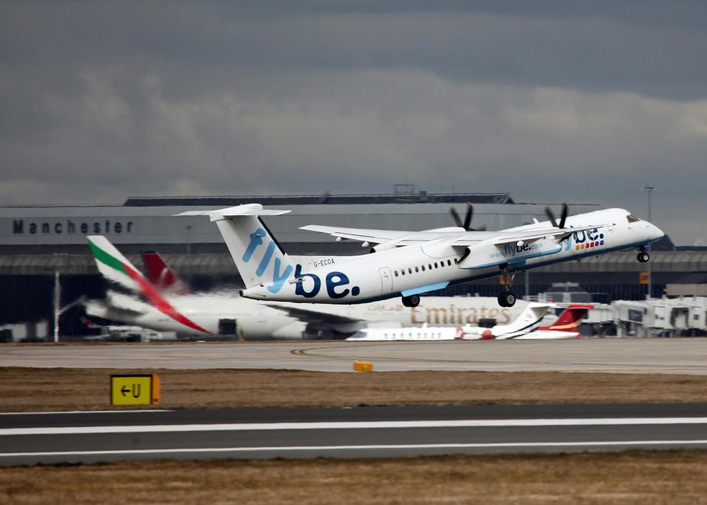 G-ECOA DHC-8-402 (MAN) Flybe