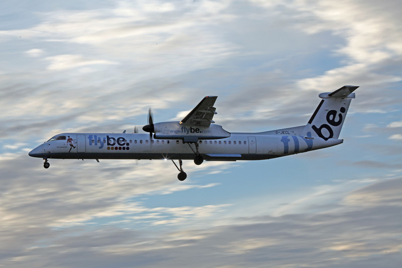 G-JECL DHC-8-402 (MAN) Flybe 1