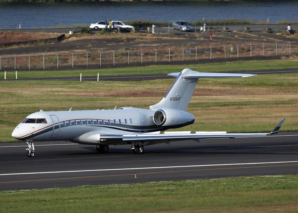 N726AF Bombardier BD-700 (Portland, OR) Vulcan Aircraft Inc