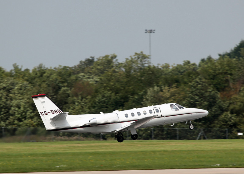 CS-DHH Cessna 550 Citation Bravo (MAN) NetJets Europe NJE