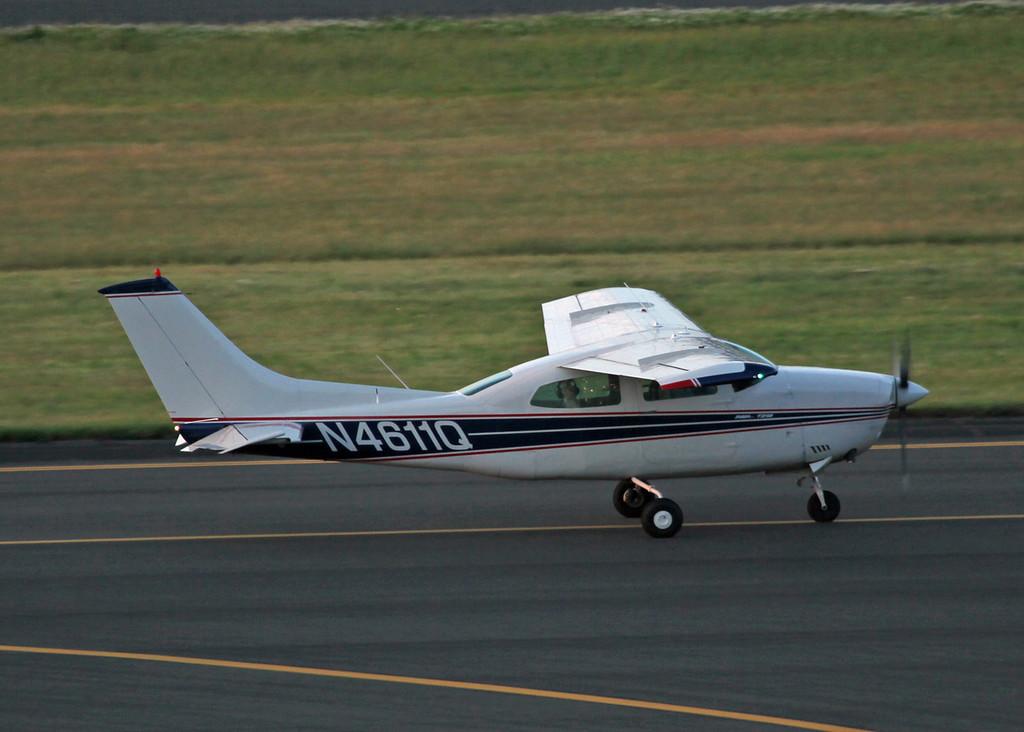 N4611Q Cessna T210L (Portland, OR) SERBACO INC