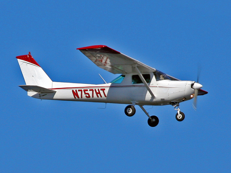 N757HT Cessna 152 (SRQ) Osprey Flight Services Inc