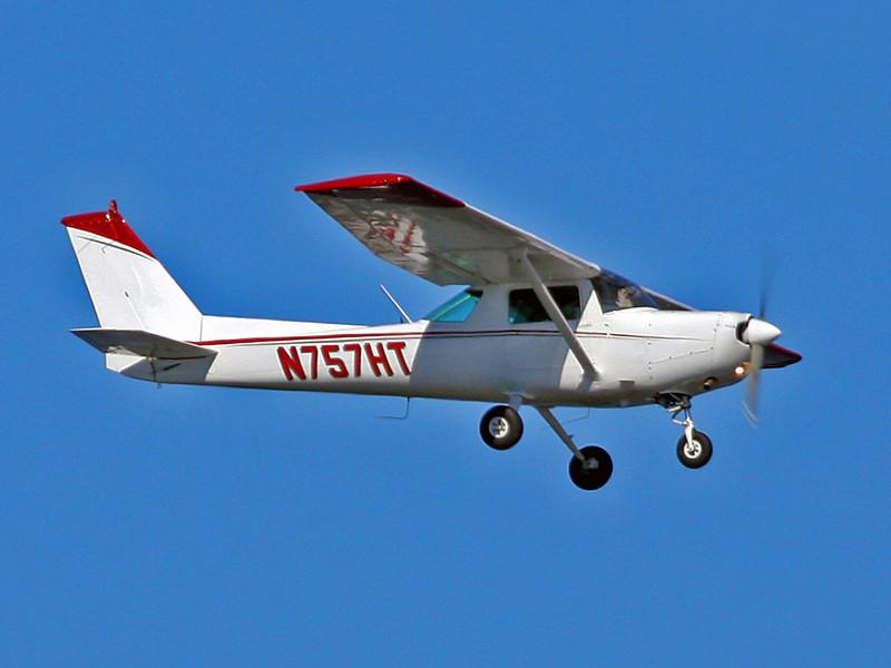 N757HT Cessna 152 (SRQ) Osprey Flight Services Inc
