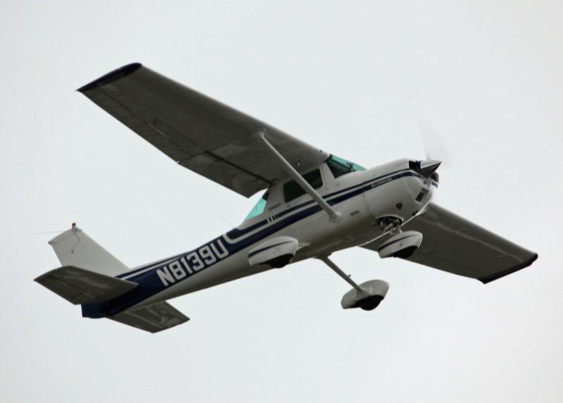 N8139U Cessna 150M (Boeing Field) Private