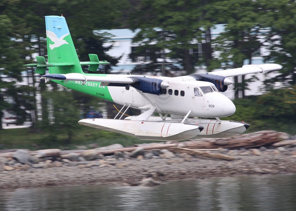 C-FGQE De Havilland Canada DHC-6-100 Twin Otter (Vancouver Harbour) West Air 3