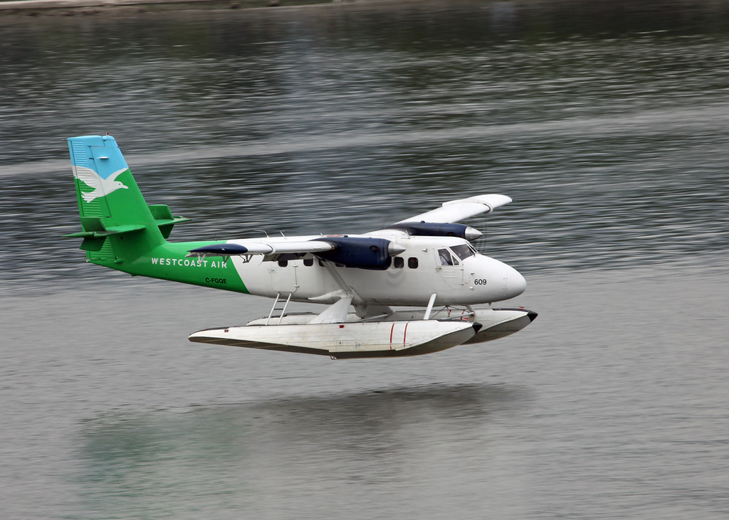 C-FGQE De Havilland Canada DHC-6-100 Twin Otter (Vancouver Harbour) West Air 2