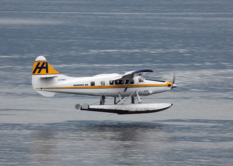 C-FHAA Dehavilland DHC-3 (Vancouver Harbour) Harbour Air Ltd 2
