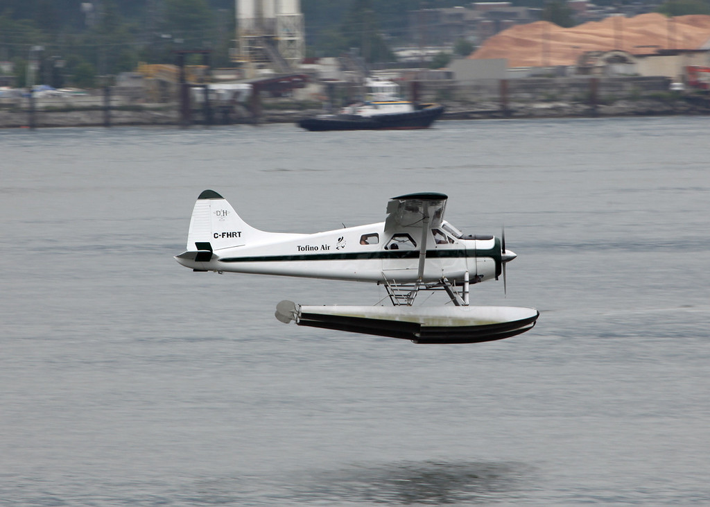C-FHRT DeHavilland DHC-2 MK 1 (Vancouver Harbour) Tofino Air Lines Ltd