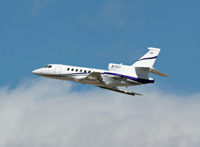 N-7011 DASSAULT-BREGUET FALCON 50 (LAS) FOUR DIRECTIONS AIR INC (2)