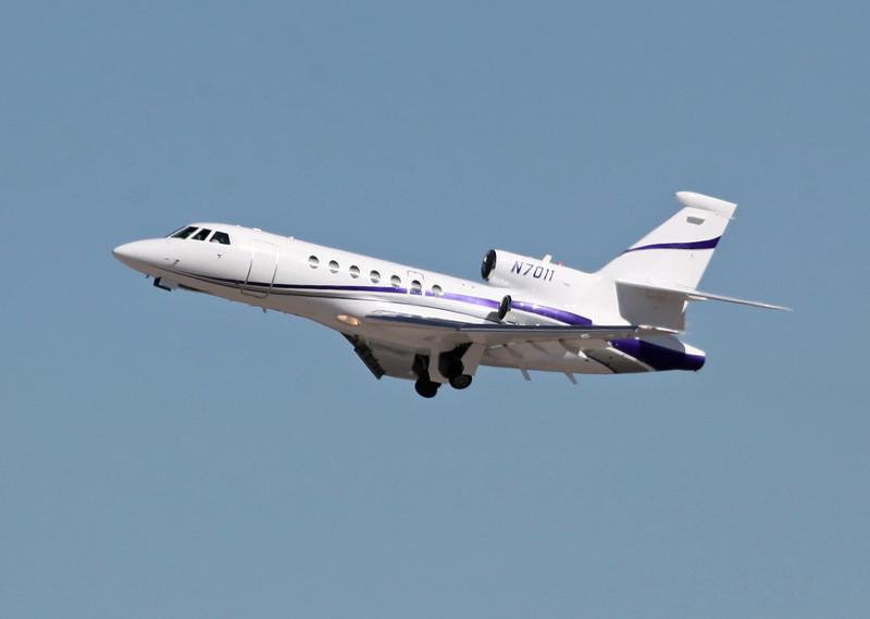 N-7011 DASSAULT-BREGUET FALCON 50 (LAS) FOUR DIRECTIONS AIR INC