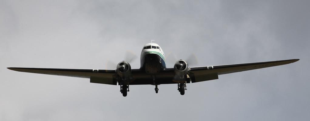 G-AMRA DOUGLAS DC-3C (Boscombe Down) Air Atlantique LTD 5