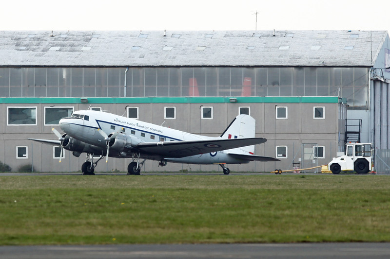 KK116 [G-AMPY] Douglas DC-3C-R-1830-90C (Coventry) Air Atlantique