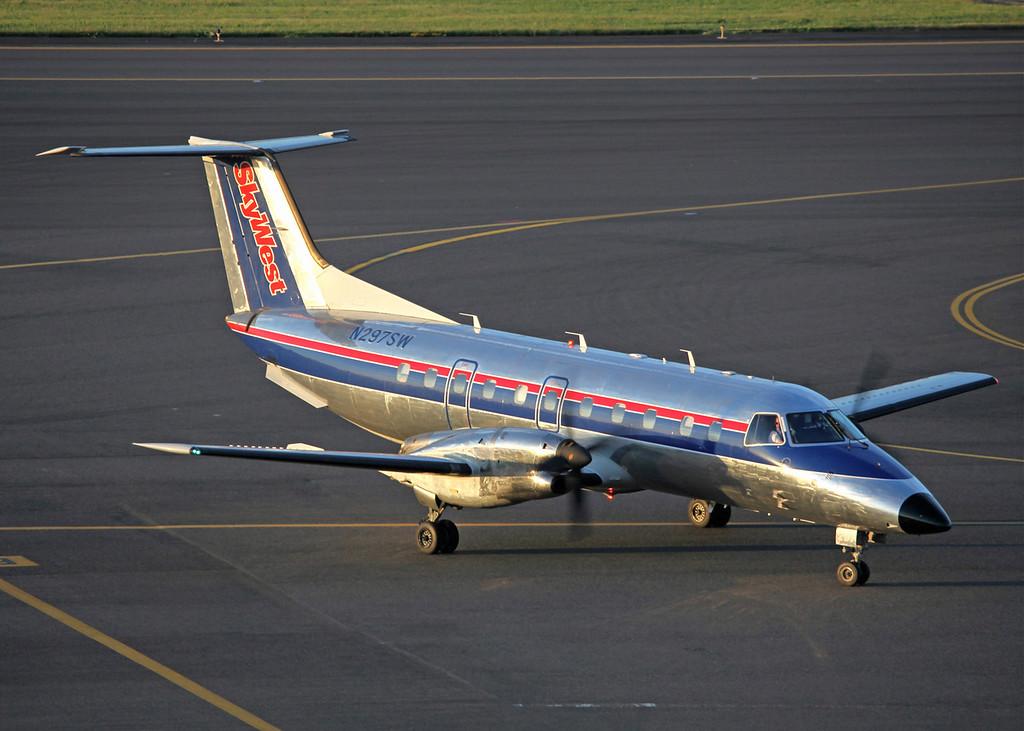 N297SW EMBRAER EMB-120ER (Portland, OR) Skywest