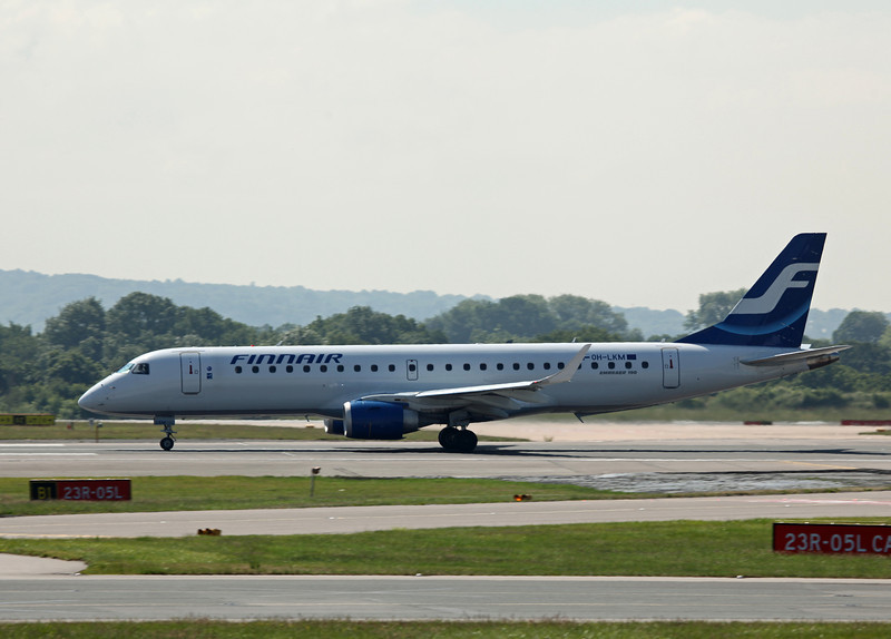 OH-LKM Bombardier ERJ-190LR (MAN) Finnair
