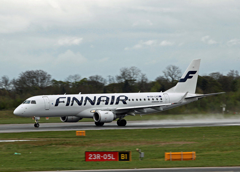 OH-LKG Embraer 190 (MAN) Finnair [2]