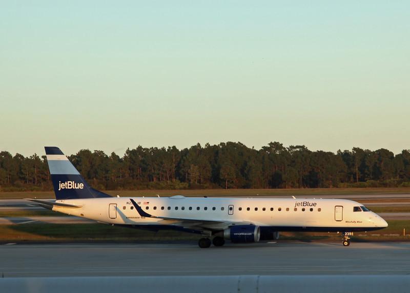 N239JB Embraer ERJ190 (MCO) Jet Blue