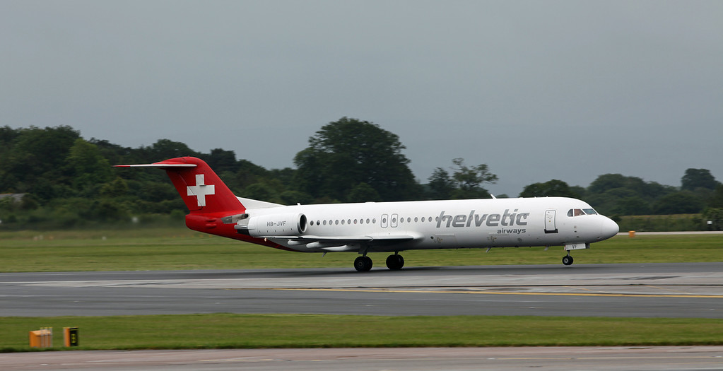 HB-JVF Fokker 100 (MAN) Helvetic Airways [3]