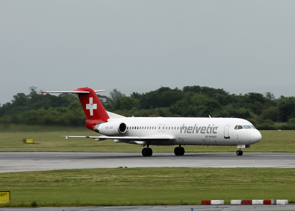HB-JVF Fokker 100 (MAN) Helvetic Airways [2]