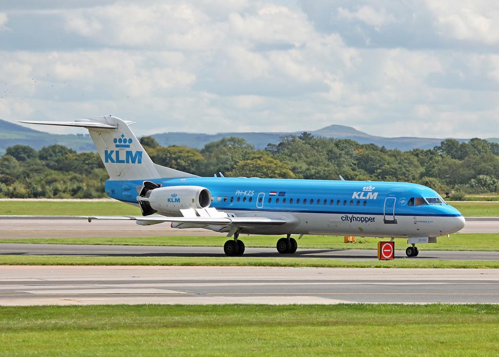 PH-KZS Fokker 70 (F28-0070) (MAN) KLM Cityhopper 2