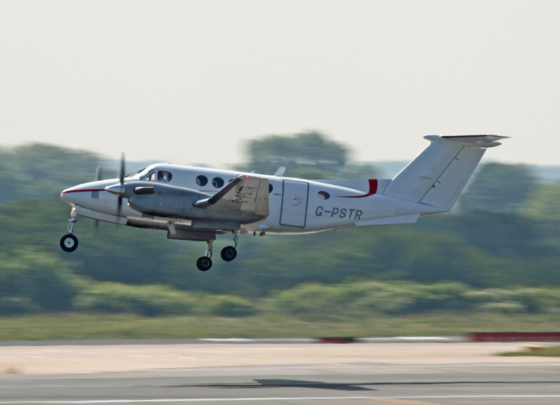 G-PSTR Beech 200 Super King Air (MAN) Red Air LLP (3)