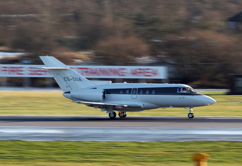 CS-DUA Raytheon Hawker 750XP (MAN) NetJets Europe (NJE)