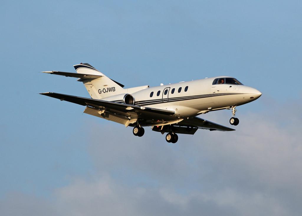 G-OJWB Raytheon Hawker 800XP (MAN) Walter Scott & Partners - Milburn World Travel Service