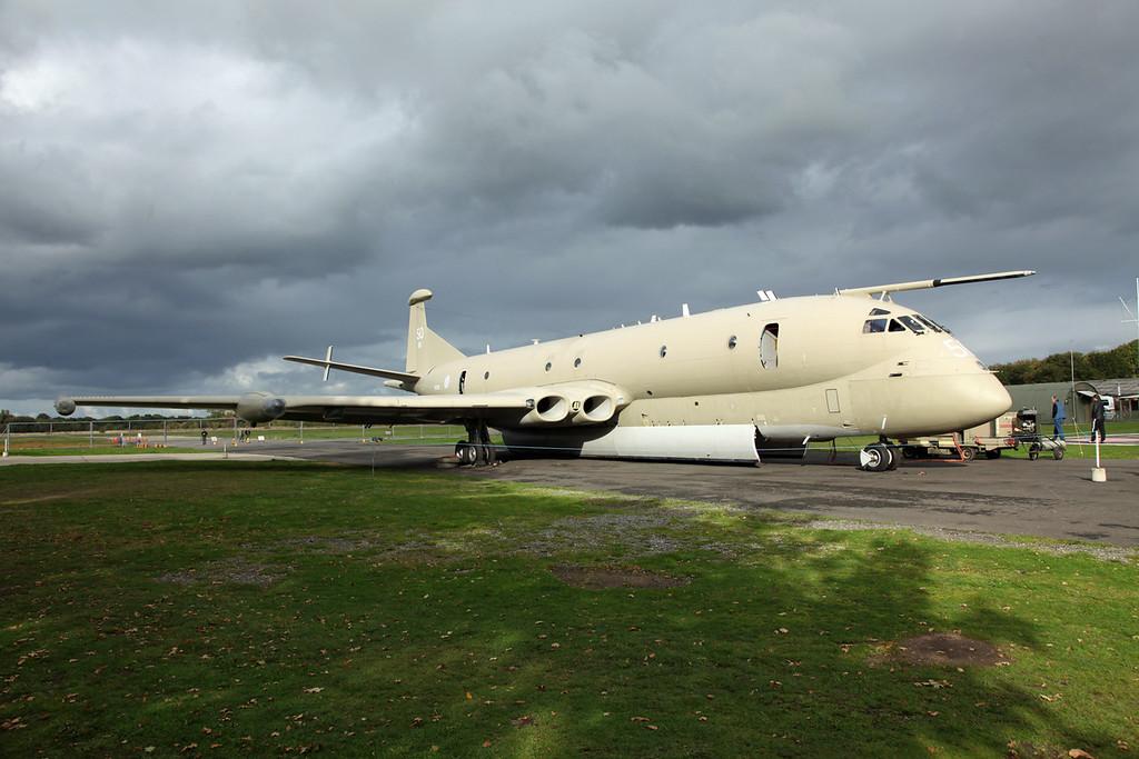 XV250 Hawker Siddeley Nimrod MR2 (801) (Yorkshire Air Museum - Elvington) Yorkshire Air Museum [ex -RAF] 3