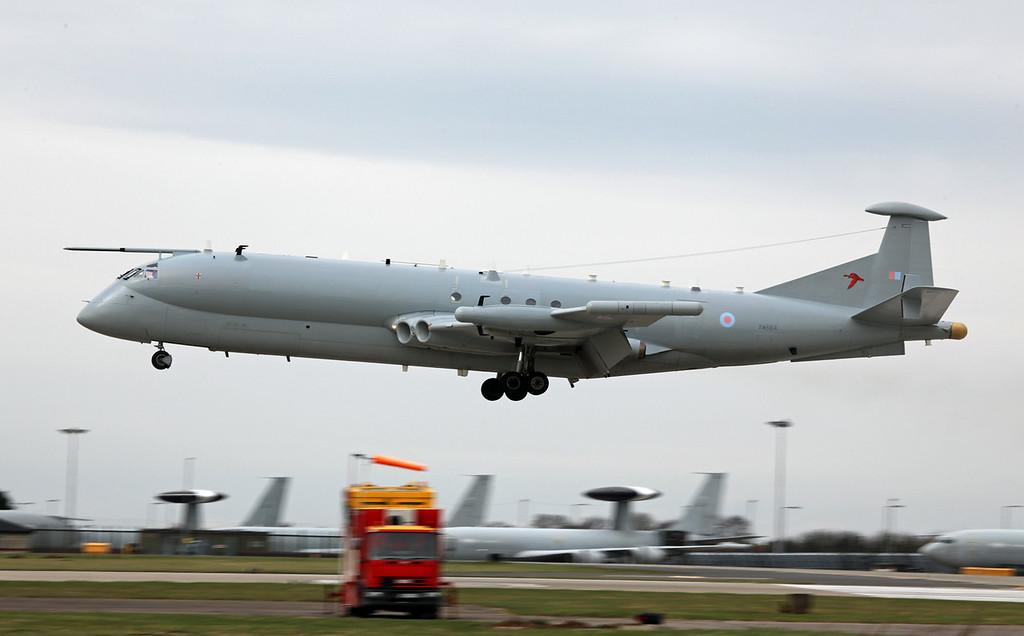 XW664 BAe Nimrod R1 (RAF Waddington) Royal Air Force 6