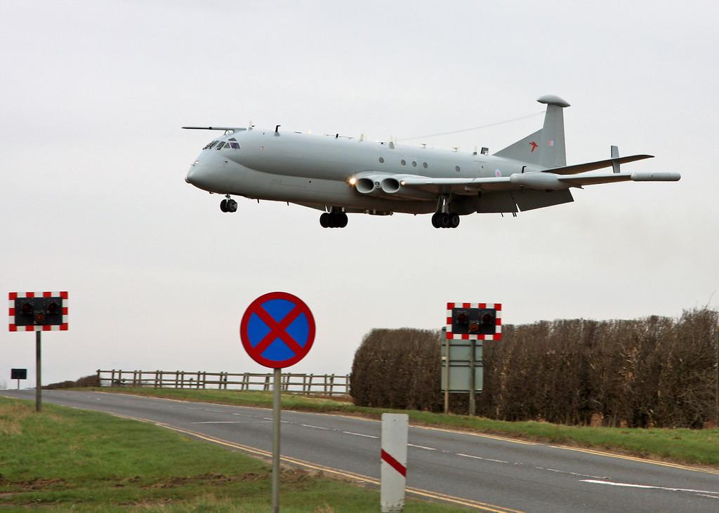 XW664 BAe Nimrod R1 (RAF Waddington) Royal Air Force 1