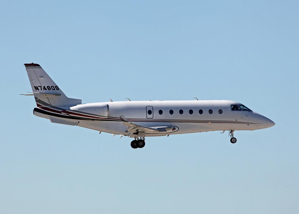 N748QS Israel Aircraft Industries Gulfstream 200 (Sarasota international Airport) NetJets Sales Inc [1]
