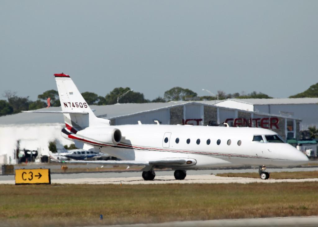 N745QS Israel Aircraft Industries Gulfstream 200 (SRQ) Netjets Sales