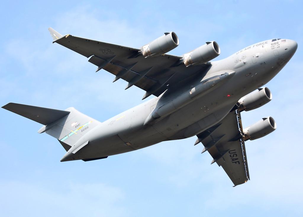 66166 Boeing C17 Globemaster (RAF Waddington) USAF Air Mobility Command - Dover AFB [4]