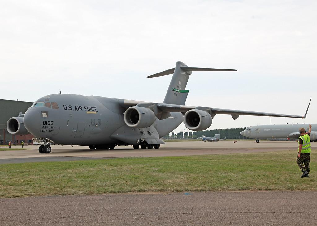 00185 Boeing C17 Globemaster (RAF Waddington) USAF Air Mobility Command - Joint base McChord [3]