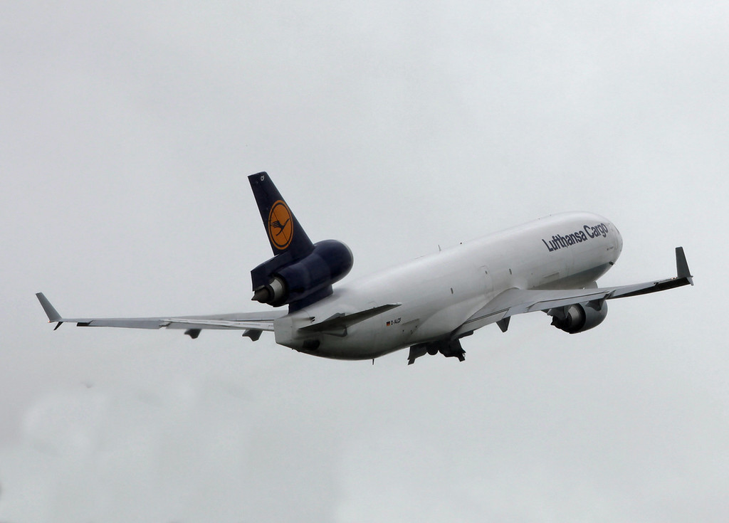 D-ALCF McDonnell Douglas MD-11F (MAN) Lufthansa Cargo