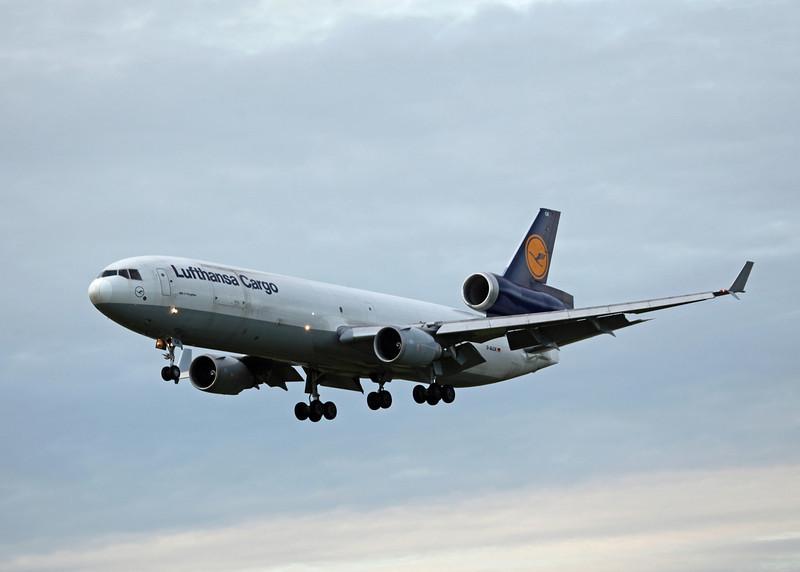 D-ALCK McDonnell Douglas MD11F (MAN) Lufthansa Cargo (2)