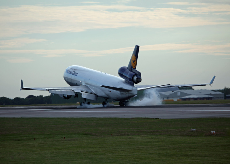 D-ALCK McDonnell Douglas MD11F (MAN) Lufthansa Cargo (5)