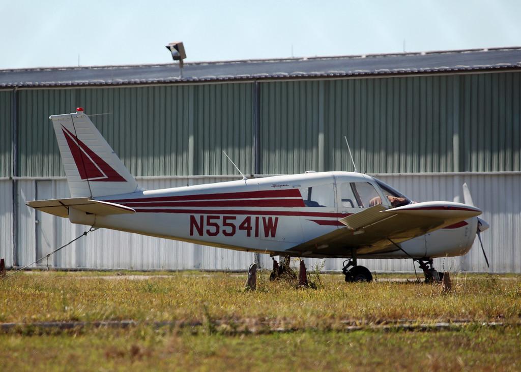 N5541W Piper PA-28-160 (SRQ) Private