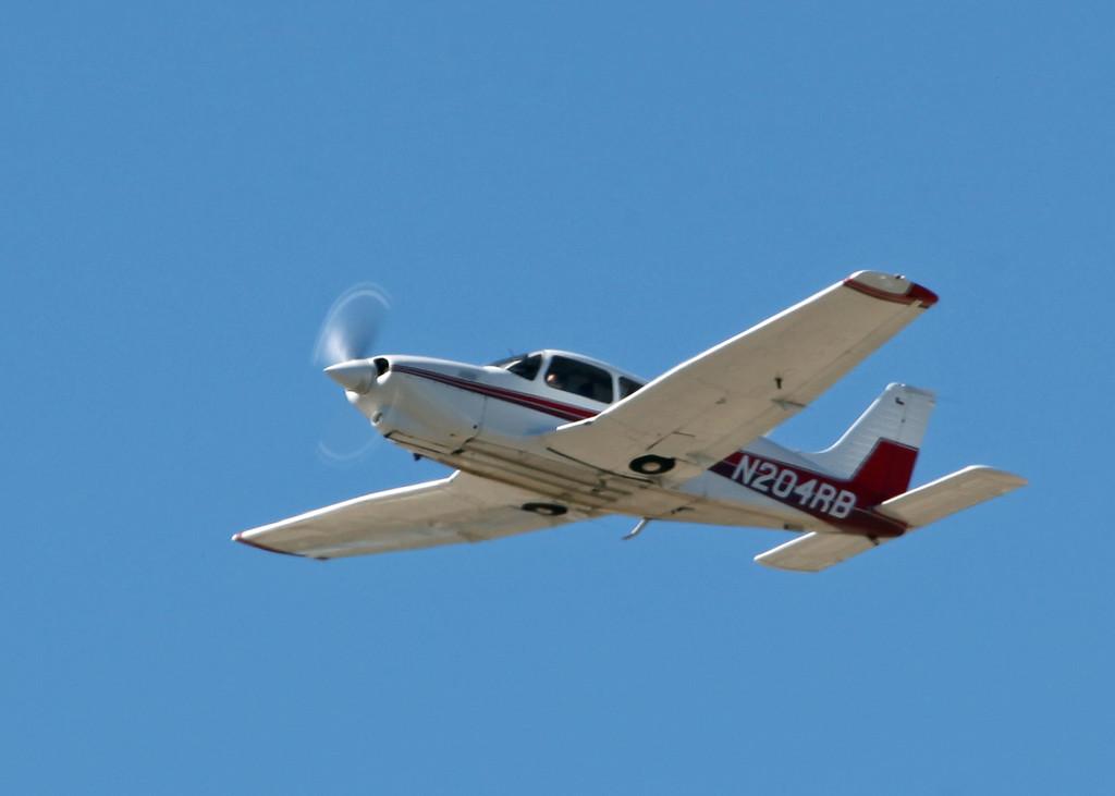 N204RB Piper PA-28R-201T (SRQ) Private