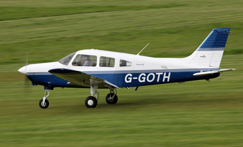 G-GOTH PIPER PA-28-161 (Barton) Goose Aviation Syndicate