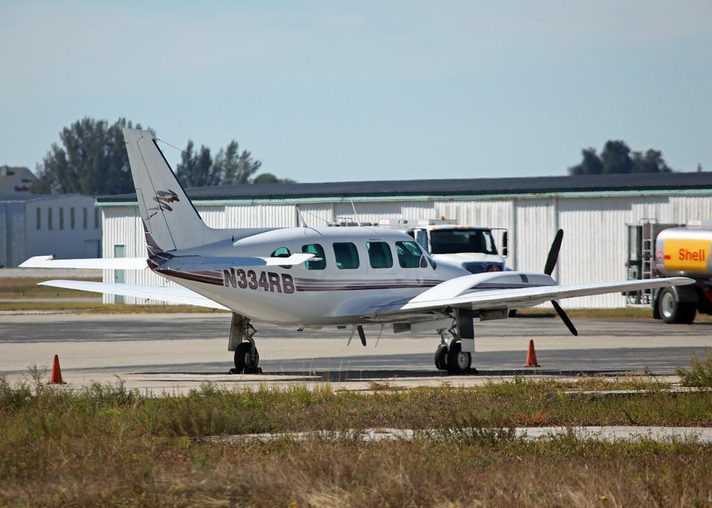 N334RB Piper PA-31-310 (SRQ) Private