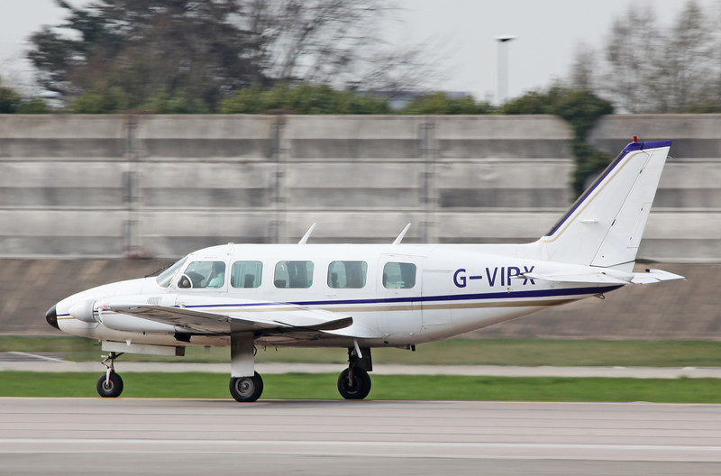 G-VIPX Piper PA-31-350 Navajo Chieftain (MAN) Capital Air Charter Limited